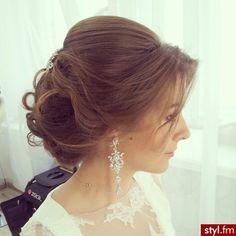 Fryzury ślubne włosy: Fryzury Długie Ślubne Kręcone Upięcie Brązowe - patrycja120193 - 2736005 ✿