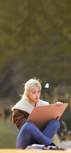 Airport Fashion Kpop, Cute Doodle Art, Ulzzang Korean Girl, Dream Anime, Kpop Outfits, Airport Style, K Idols, Girl Crushes, Korean Beauty