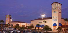 Orlando Premium Outlets® - Vineland Ave - Outlets - Visit Kissimmee - Florida---->INCLUIDO EN NUESTRO TOUR DE COMPRAS CUANDO COMPRAS A TRAVES DE WWW.CELETOURS.COM