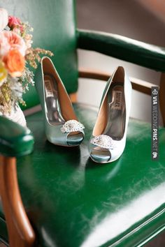 blue wedding heels by Badgley Mischka | CHECK OUT MORE IDEAS AT WEDDINGPINS.NET | #weddingshoes