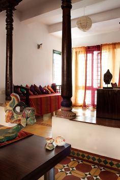 Chettinad home design: traditional indian home - home design india Indian Home Design, Ethnic Home Decor, Indian Home Decor, Traditional House Plans, Traditional Interior, Traditional Homes, Indian Interiors, Indian Living Rooms, Indian Homes