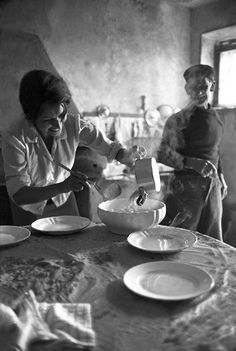 """24hoursinthelifeofawoman:  """" """"cooking is an act of love, a gift, a way of sharing with others the little secrets — 'piccoli segreti' — that are simmering on the burners."""" sophia loren  """""""