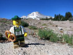 LEGO Collectible Minifigures Series 8 : Lederhosen Guy