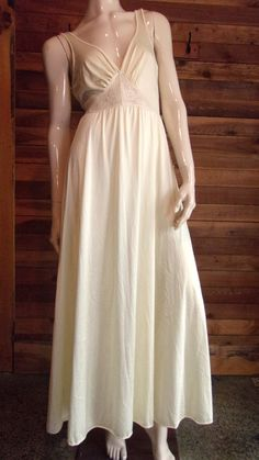 d0ad488bb4 Vintage Lingerie 1970s OLGA Gold Size Medium Sweep Nightgown Baby Nightgown