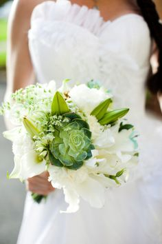 A succulent here and there - wedding bouquet trend we love.