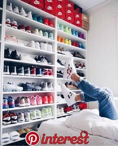 M i n i m a l c l a s s y sneaker collection, shoe collection, shoe room, s Shoe Wall, Shoe Room, Sneaker Collection, Shoe Collection, Hypebeast Room, Sneaker Storage, Aesthetic Shoes, Room Goals, New Room