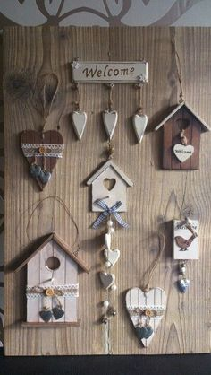 Site of the decoupage fans DCPG. Craft Stick Crafts, Diy And Crafts, Arts And Crafts, Wood Projects, Craft Projects, Projects To Try, Deco Nature, Country Paintings, Home And Deco
