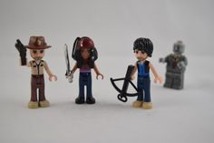 Walking Dead / A Fun Line of Custom LEGO Friends Mini-Dolls Turned Into Characters From Film and Television