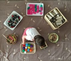 Mamilatte | Juego Heurístico Reggio Emilia, Infant Activities, Preschool Activities, Heuristic Play, Baby Play, Playroom, Projects To Try, Arts And Crafts, Martini