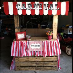 Pallet ticket booth for a carnival party;)