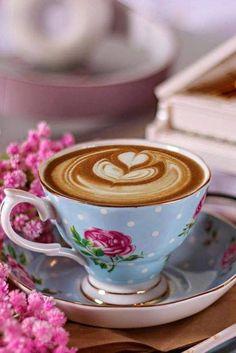 A simple pleasure 🌸☕️ Coffee Heart, I Love Coffee, My Coffee, Good Morning Coffee, Coffee Break, Coffee Presentation, Café Chocolate, Arabic Coffee, Breakfast Tea