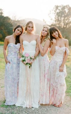 4 Bridesmaid Dresses in the Most Beautiful Prints Ever Seen | http://emmalinebride.com/bridesmaids/floral-print-bridesmaid-dresses/