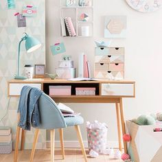 """How to Incorporate the """"Day Dreaming"""" Pantone Color Palette into Your Home"""