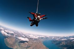 Skydiving Queenstown: An Acrophobic's Rite of Passage — Vagabondish Best Places To Skydive, Places To See, Tandem Jump, Base Jumping, New Zealand Travel, Skydiving, Summer Bucket, Outdoor Activities, Cool Pictures