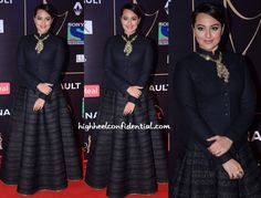 Sonakshi picked a Shantanu and Nikhil for the Sony Guild Awards and can't say we were impressed. It's odd that even with its color, the jacket and lehenga made her look short instead of statuesque and I blame the length of the jacket. This look was quite a bummer, because she looked rather gorgeous neck …