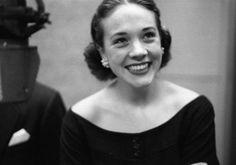 19 year old julie andrews