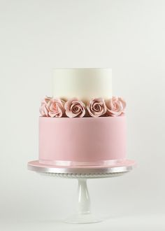 Beautifully simple cake by Rosalind Miller Cakes. This is perfect if you're having a 'cake table. Wedding Cake Designs, Wedding Cake Toppers, Pink Wedding Cakes, Wedding Cake Roses, Lilac Wedding, Cream Wedding, Fall Wedding, Wedding Reception, Pretty Cakes