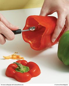 Pepper Cleaner. To hollow out bell peppers without damaging them — especially ideal for stuffing — use a melon baller to scrape the seeds and veins from the inside of bell peppers. This way, you lose less flesh than if you trim them with a knife.