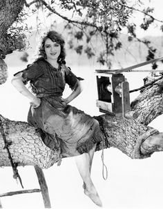 Mary Pickford in Tess of the Storm Country (1922)