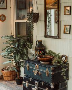 Victorian Home Decor, Vintage Home Decor, Victorian Rooms, Vintage Homes, Victorian Interiors, Vintage Room, Bedroom Vintage, Room Ideas Bedroom, Bedroom Decor
