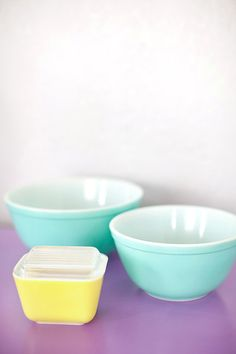 yellow and turquoise vintage Pyrex