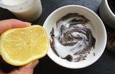 DIY : masque au marc de café contre les cernes