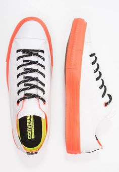 official photos 4e65d 363dc Baskets basses Converse CHUCK TAYLOR ALL STAR II SHIELD - Baskets basses -  white lava
