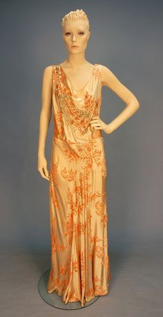 Dress,  1930's. Is it me or does this mannequin look like Paltrow?  Like, JUST like her.