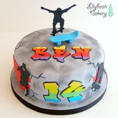 Skate Board  Graffiti Cake