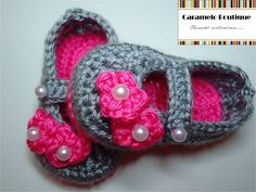 Crochet Mary Janes Shoes with Pearls-Pink Baby Girl Shoes with Pearls-Baby Girl Slippers-Baby Girl Booties-Baby Loafers-Photography Prop. $15.00, via Etsy.