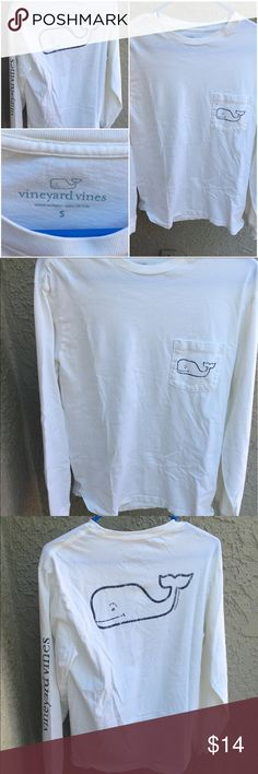 🔷White Vineyard Vines Long Sleeved T-Shirt🔷 Men's White Vineyard Vines Long Sleeved T-Shirt - This shirt is in fantastic shape (worn less than 10 times). Retails at $34 so you're getting a great product for a great price! Let me know if you have any questions. I also have a light blue one listed on my page, so check it out! Happy poshing :) Vineyard Vines Shirts Tees - Long Sleeve