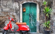 What's a better way to visit Rome than on a Vespa? Originally released by Piaggio in 1946, the Vespa model has since seen many styles, and is still the most loved Italian scooter brand in the world!  Click the image to join our Roman Holiday - Vespa Tour!