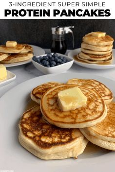 The Easiest Protein Powder Pancakes Recipe You'll Find Ever combined ready-to-go pancake mix like Bisquick or Kodiak Cakes with protein powder to make even higher protein, ridiculously easy protein powder pancakes? If not, what are you waiting for? Protein Muffins, Protein Cookies, Protein Powder Pancakes, Blueberry Protein Pancakes, Keto Protein Powder, Protein Powder Recipes, Chocolate Protein Powder, Vanilla Protein Powder, Healthy Protein Pancakes