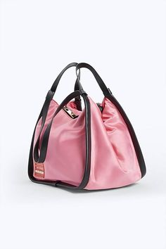 Marc Jacobs Offers Up Super Cute Nylon Sport Totes And Fanny Packs 5788852de3c15