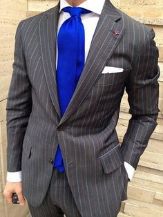 Vibrant Blue Tie with a great suit - I love this!