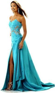 So lovely! Aqua/Turquoise dress