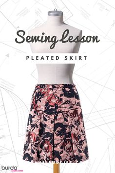 For office, theatre or shopping – depending on the styling, this glittering skirt with side pleats and center inverted pleat will go everywhere with you! Sew it for yourself and follow this sewing lesson to make our Pleated Skirt pattern that debuted in our Fall-Haves pattern collection from the October 2017 issue of BurdaStyle Magazine. Check out all the great diagrams to help you sew this versatile skirt. #burdastyle #sewing #lesson #sew #diy #pleated #skirt