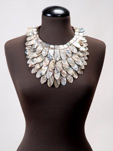 A haute statement necklace. I want it. Now.