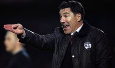 Chesterfield sack Dean Saunders after heavy defeat by Swindon Town - http://footballersfanpage.co.uk/chesterfield-sack-dean-saunders-after-heavy-defeat-by-swindon-town/
