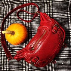 Mossimo Red Crossbody Bag This purse has been pre-loved but in great condition with the usual over time wear and tear. Used it a handful of times. Adjustable Crossbody strap and plenty of pockets, 2 on the outside, a zippered pocket on the flap and zipper pocket inside as well as two open pockets inside. Mossimo Supply Co. Bags Crossbody Bags