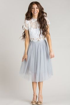 Eloise Grey Tulle Midi Skirt Eloise Grey Tulle Midi Skirt The post Eloise Grey Tulle Midi Skirt appeared first on ThealiceOnline. The Dress, Dress Skirt, Midi Skirt, Best Prom Dresses, Bridesmaid Dresses, Wedding Dresses, Grey Tulle Skirt, Formal Casual, Romantic Outfit