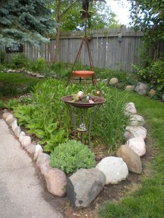 I like the rock borders.I have a rock garden .this would be a way to tie the whole design together. Country Cottage Garden, Hardscape, Garden, Magical Garden, Backyard Landscaping, Landscaping With Rocks, Garden Borders, Garden Accents, Backyard