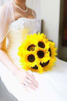 sunflower wedding inspiration ideas - Polka Dot Bride Yes. Yellow Bouquets, Sunflower Bouquets, Perfect Wedding, Our Wedding, Dream Wedding, Rustic Wedding, Wedding Stuff, Corsage, Wedding Bouquets