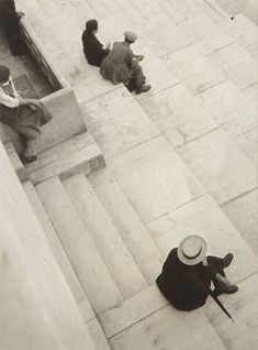 László Moholy-Nagy-Hungarian Painter and Photographer as well as a Professor at Bauhaus. History Of Photography, Urban Photography, Street Photography, Straight Photography, Vision Photography, Photography Tips, Landscape Photography, Portrait Photography, Nature Photography