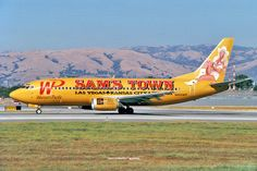 Western Pacific airlines Boeing B737-300 (Sam's town)