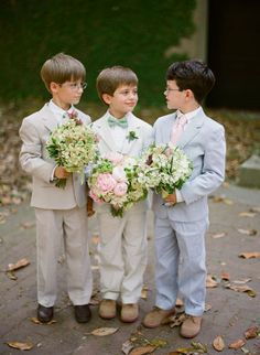 Cute pic of ring bearers (I'm drawn to the 3 boys:)