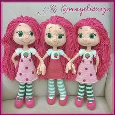 Aradaki .... farkı bulun desem 5-6 tane çıkmaz . Crochet Doll Pattern, Crochet Dolls, Amigurumi Tutorial, Amigurumi Doll, Doll Patterns, Crochet Ideas, Baby Dolls, Elsa, Pop