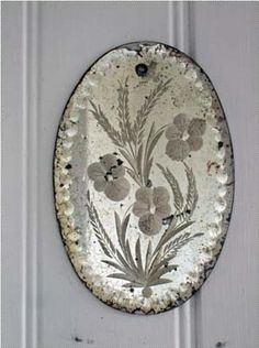lawhimsy:    Antiqued Mirror