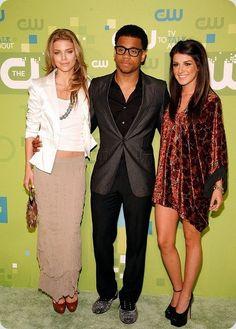 AnnaLynne McCord, Tristan Wilds, and Shenae Grimes--90210