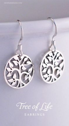 Beautful earrings, great gift idea.